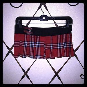 Dresses & Skirts - ADORABLE PLAID MINI❤️